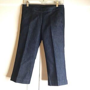 Woman's capri trouser